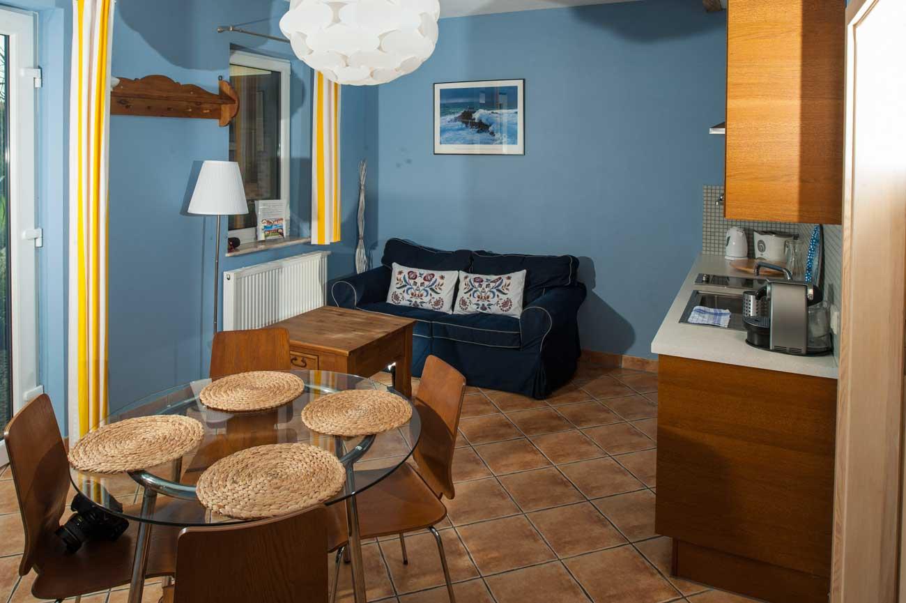Pokój dzienny w Apartamencie Pirania , nad morzem