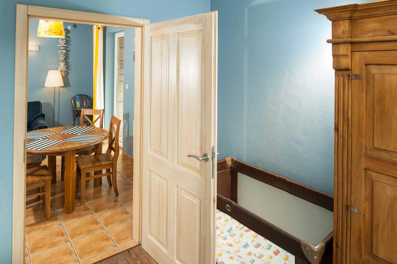 Tani apartament Toskański widok na stół , nad morzem